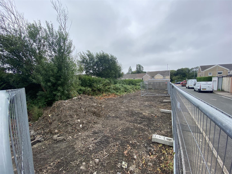 Weig Road, Gendros, Swansea, SA5 8JR